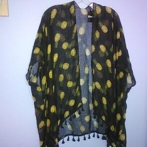 NWT OSFM Pineapple  Kimono with fringe Black NWT